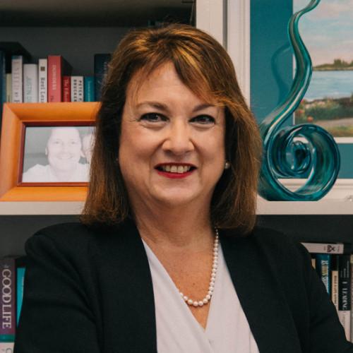 Lisa Slayton